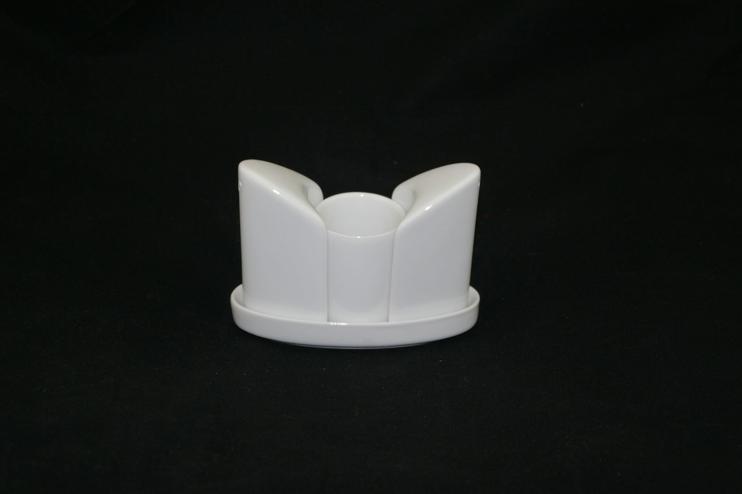 Poivrière & salière en porcelaine blanche